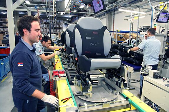 Работа на заводе вакансии для девушек работа в тулуне девушке